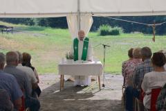 Mše sv. sP. Mgr. Janem LINHARTEM